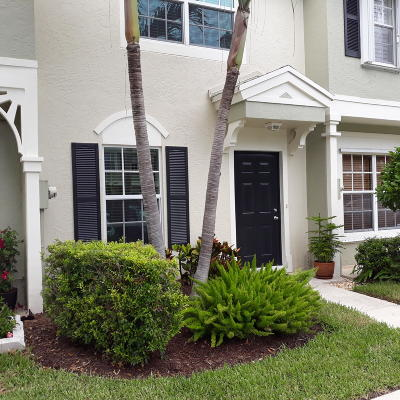Delray Beach Townhouse For Sale: 829 Kokomo Key Lane