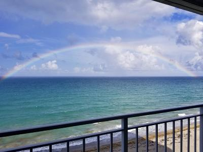 St Lucie County Condo For Sale: 9600 S Ocean S Drive #908