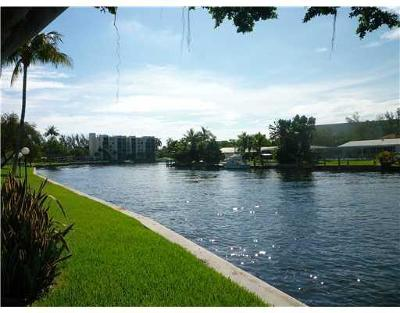 Coral Springs, Parkland, Coconut Creek, Deerfield Beach,  Boca Raton , Margate, Tamarac, Pompano Beach Rental For Rent: 14 Royal Palm Way #401