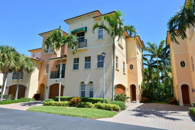 St Lucie County Townhouse For Sale: 136 Ocean Bay Drive