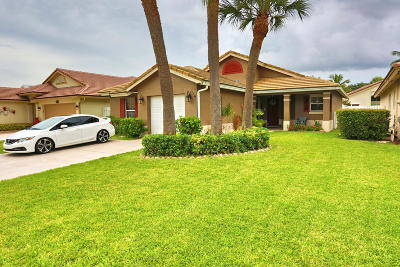 Boynton Beach Single Family Home For Sale: 7880 Manor Forest Lane