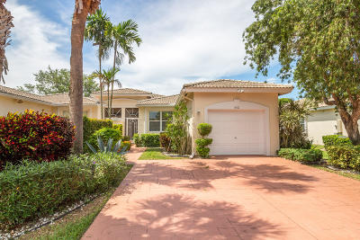 Boynton Beach Single Family Home For Sale: 9591 Crescent View Drive
