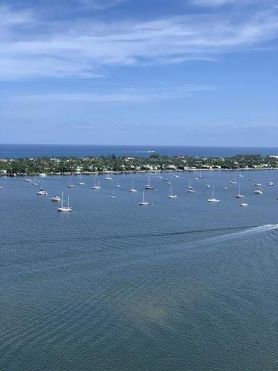 West Palm Beach Condo For Sale: 5600 Flagler #2504