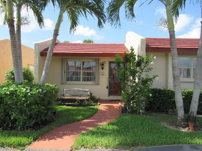 West Palm Beach Single Family Home For Sale: 156 Lake Anne Drive