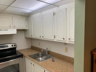 Deerfield Beach FL Condo For Sale: $62,500