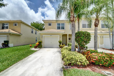 Boynton Beach Townhouse For Sale: 8079 Bellagio Lane