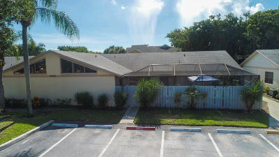 Boynton Beach Single Family Home For Sale: 8880 Thumbwood Circle #D