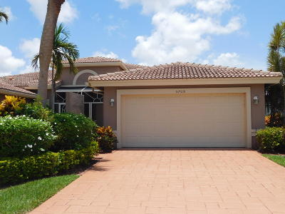Boynton Beach Single Family Home For Sale: 5708 Emerald Cay Terrace