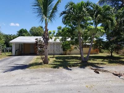 Boynton Beach Single Family Home For Sale: 161 SE 27th Place