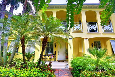 Jupiter Townhouse For Sale: 3175 E Community Drive