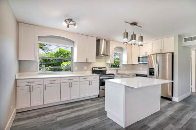 Delray Beach Single Family Home For Sale: 289 Seville M
