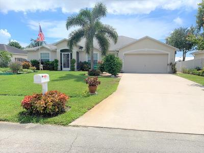 Port Saint Lucie Single Family Home For Sale: 1531 SE Croquet Street