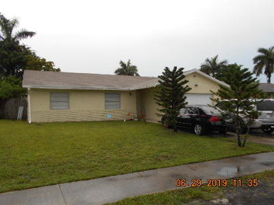Broward County, Palm Beach County Single Family Home For Sale: 7609 SW 7th Place