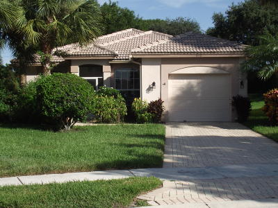 West Palm Beach Single Family Home For Sale: 9112 Bay Point Circle S