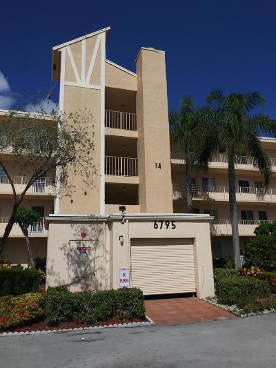 Delray Beach Condo For Sale: 6795 Huntington Lane #102