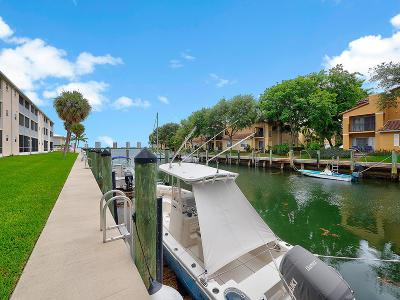 North Palm Beach Condo For Sale: 120 Lehane Terrace #211