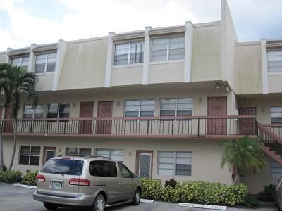 Boca Raton Condo For Sale: 9500 SW 3rd Street # 219