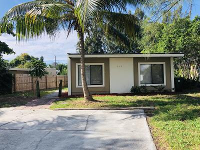 Boca Raton Single Family Home For Sale: 326 Kingsbridge Street