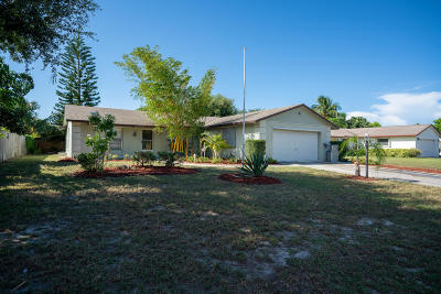 Hobe Sound Single Family Home For Sale: 7755 SE Crossrip Street
