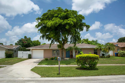 Royal Palm Beach Single Family Home For Sale: 133 Finch Court