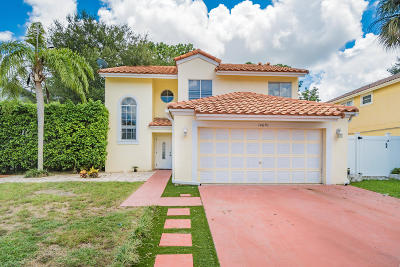 Boca Raton Single Family Home For Sale: 10670 Palm Spring Drive