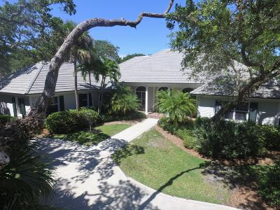 Indian River Shores Single Family Home For Sale: 470 Arrowhead Trail