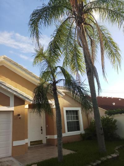 Wellington Single Family Home Contingent: 13318 Greenshore Place