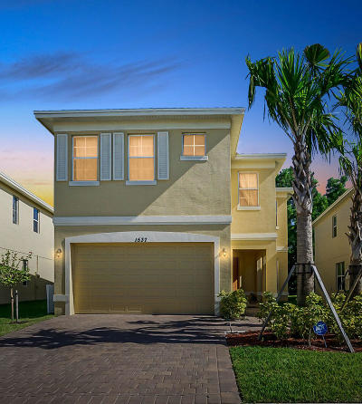 Port Saint Lucie Single Family Home For Sale: 1537 NW Cataluna Circle