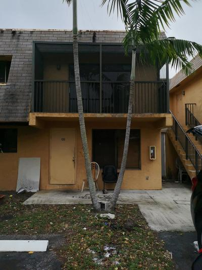 Pompano Beach FL Rental For Rent: $1,300
