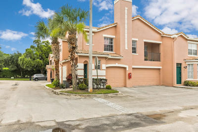 Boynton Beach Townhouse For Sale: 2001 Belmont Place