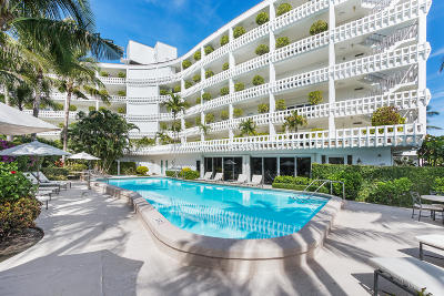 Palm Beach Condo For Sale: 300 S Ocean Boulevard #5h