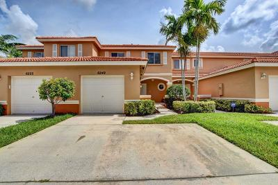 West Palm Beach Townhouse For Sale: 6249 Eaton Street