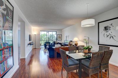 Delray Beach Condo For Sale: 6241 Pointe Regal Circle #406