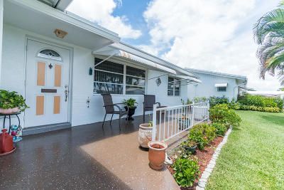 Boynton Beach Single Family Home For Sale: 1510 Alfred Drive