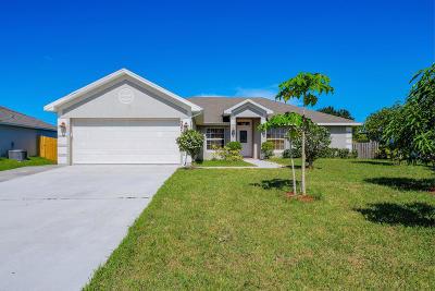 Port Saint Lucie Single Family Home For Sale: 337 NW La Playa Street