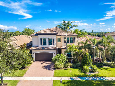 Delray Beach Single Family Home For Sale: 16897 Bridge Crossing Circle