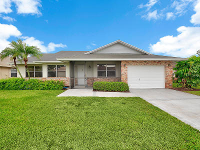 Jupiter Single Family Home For Sale: 103 Raintree Trail