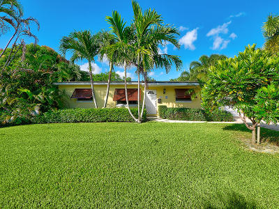 North Palm Beach Single Family Home For Sale: 937 Lighthouse Drive