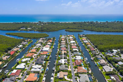 Hobe Sound Single Family Home For Sale: 8987 SE Star Island Way