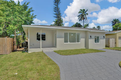Miami-Dade County Single Family Home For Sale: 517 Mokena Drive