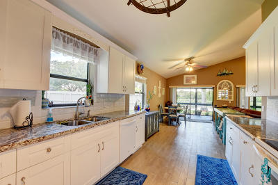 Boynton Beach Single Family Home For Sale: 149 Orange Drive