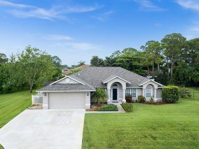 Port Saint Lucie Single Family Home Contingent: 401 SE Walters Terrace
