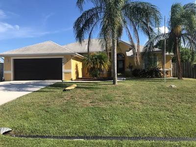 Port Saint Lucie Single Family Home For Sale: 674 SW Ester Avenue