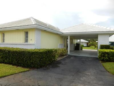 Boynton Beach Single Family Home For Sale: 12 Slash Pine Drive