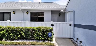 West Palm Beach Single Family Home For Sale: 2641 Gately Drive W #1603