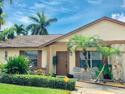 Jupiter Single Family Home For Sale: 101 Arrowhead Circle