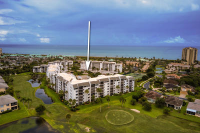 St Lucie County Condo For Sale: 2400 S Ocean Drive #7555