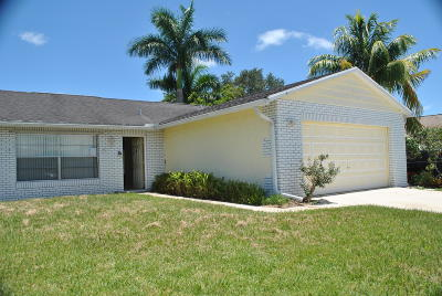 Single Family Home Contingent: 157 Banyan Circle
