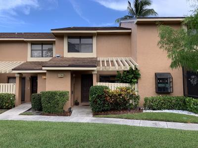 Coconut Creek Townhouse For Sale: 3785 Carambola Circle #2810