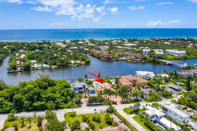 Delray Beach Single Family Home For Sale: 945 Palm Trl.